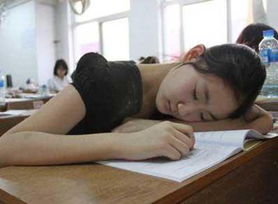 学生提神醒脑的方法